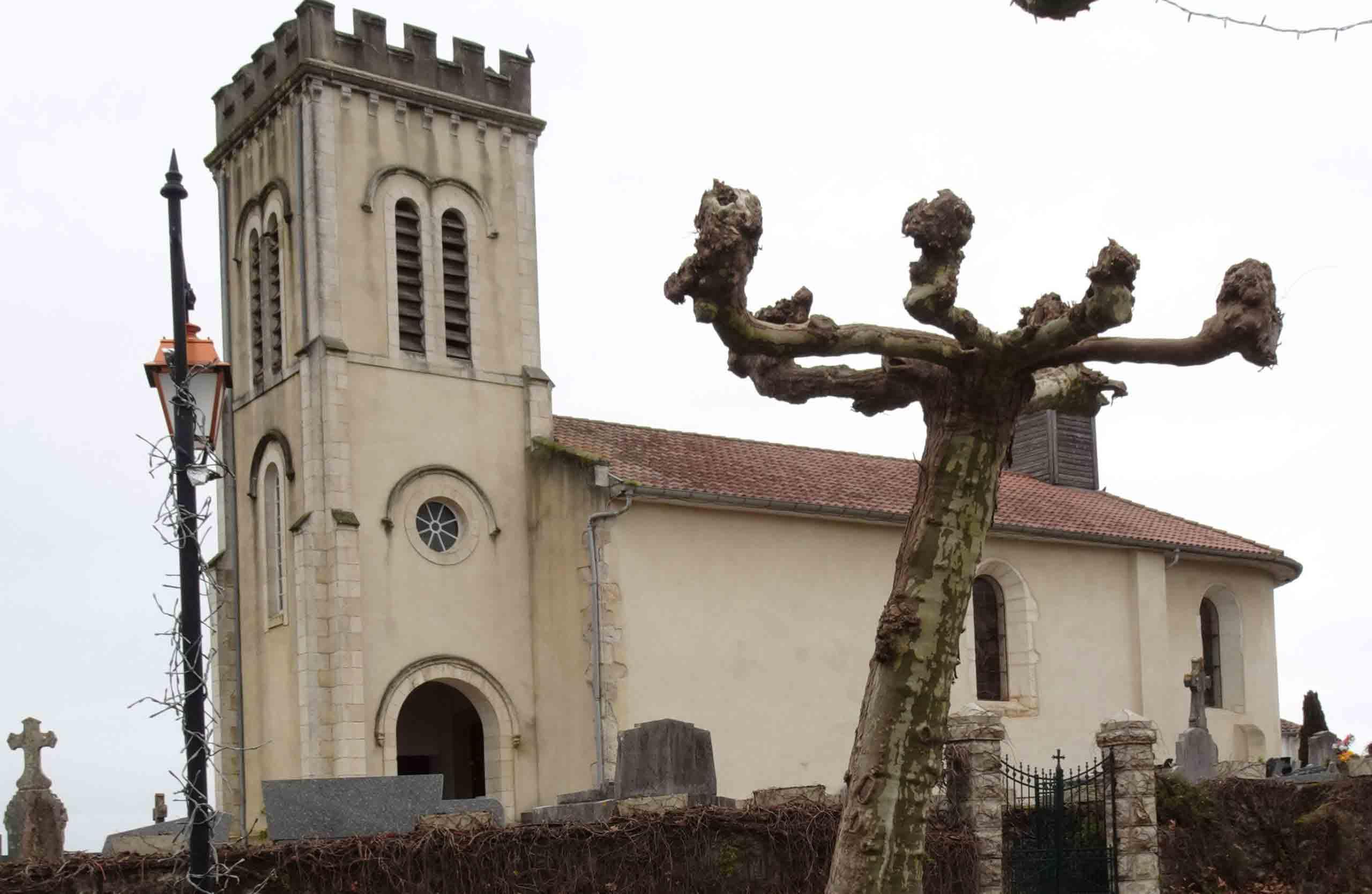 Église de Gaas en décembre 2019